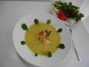 Soupe crue de légumes